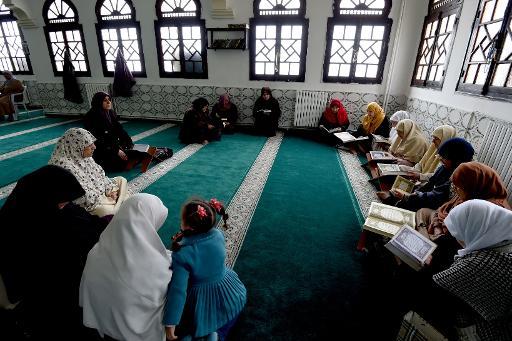 Emergence des «salons islamiques» pour une affirmation de la femme musulmane par le savoir religieux